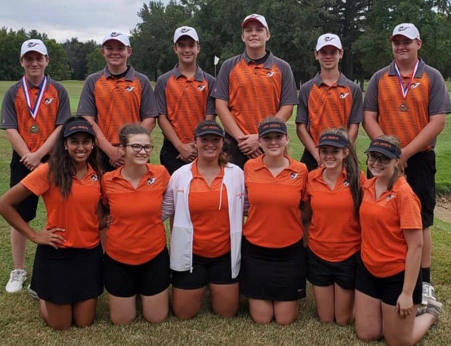 The+Chester+High+School+Boys+Golf+Team+took+second+at+the+Black+Diamond+Conference+tournament.+In+the+back+are+conference+champion+Jarrett+James%2C+Kaden+Freytag%2C+Luke+Miller%2C+Chett+Andrews%2C+Chance+Mott+and+Jaden+Mott.++In+the+front+are+girls+team+members+Jocelyn+Landeros%2C+Emma+Hathaway%2C+Samantha+Eggemeyer%2C+Alyssa+Place%2C+Kayla+Bert+and+Maddie+Hasemeyer.